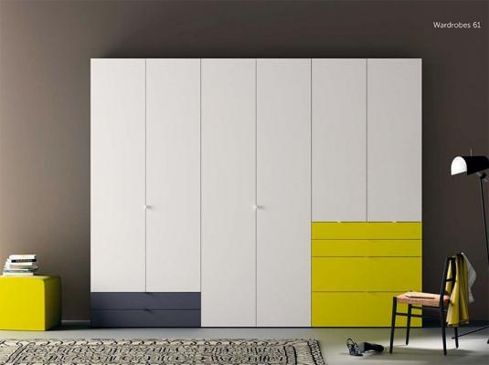 Armarios y vestidores plural singular de piferrer muebles for Muebles auxiliares modernos